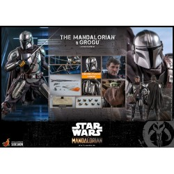 The Mandalorian™ and Grogu™ Sixth Scale Figure Set by Hot Toys